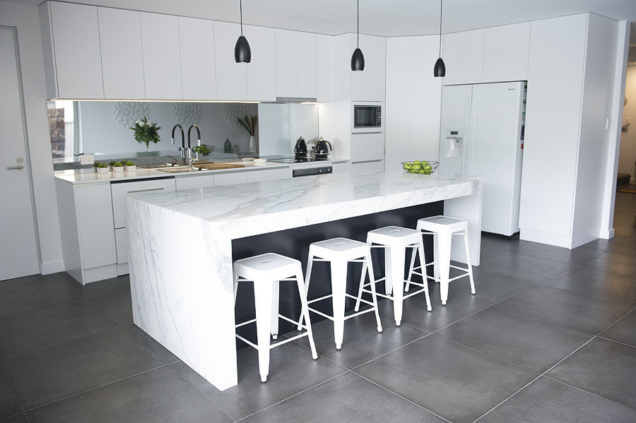 Clinton Built Pty Limited is a commercial and residential building company with an in-house kitchen and joinery division